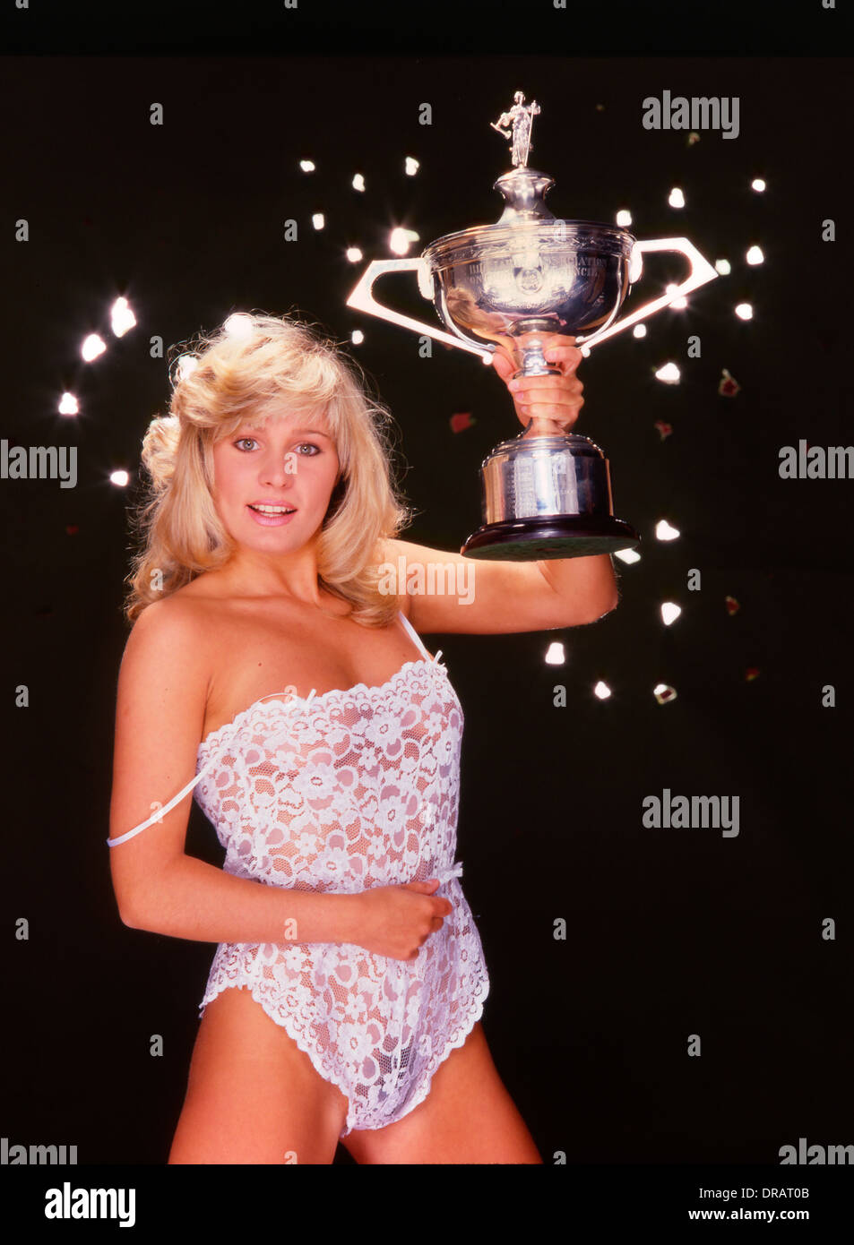 Page 3 Girl With The Embassy World Snooker Trophy In The Early 1980s Stock Image