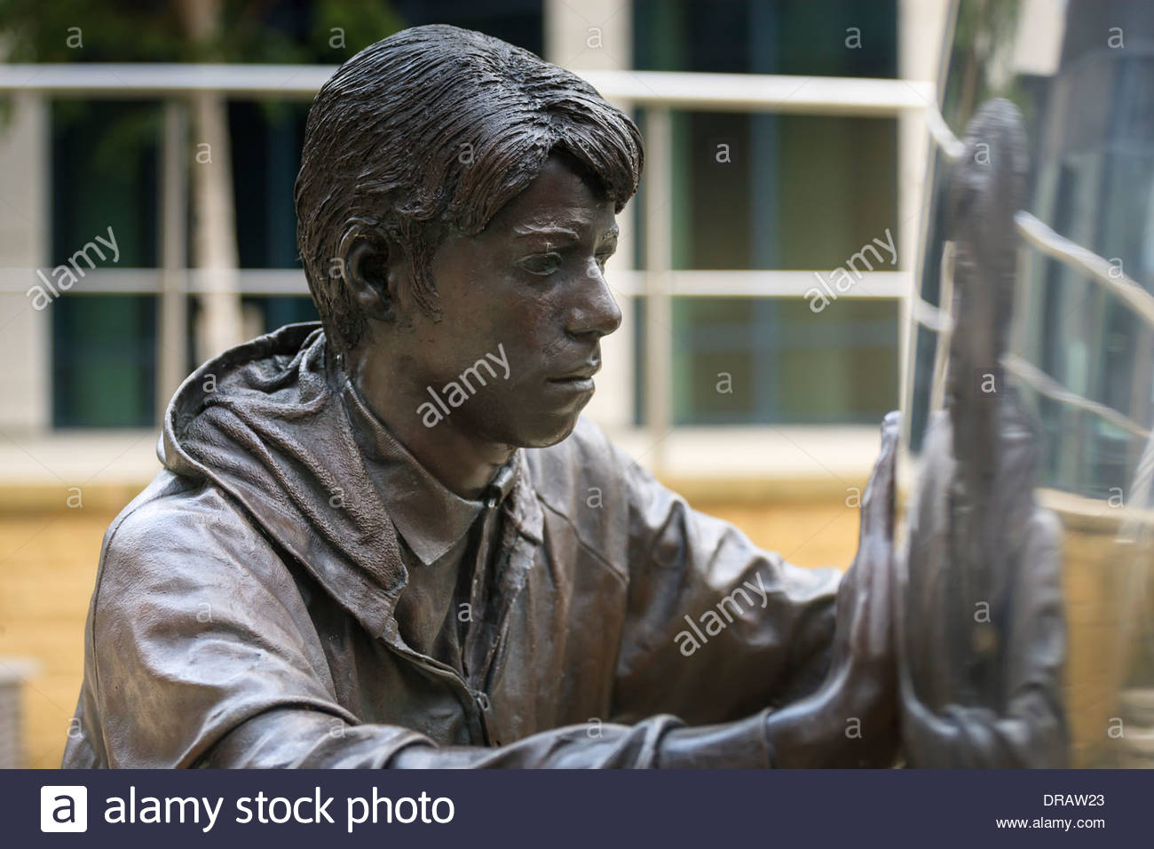 Modern sculpture 'Reflective Approach' at Clarence Dock Leeds West Yorkshire England - Stock Image
