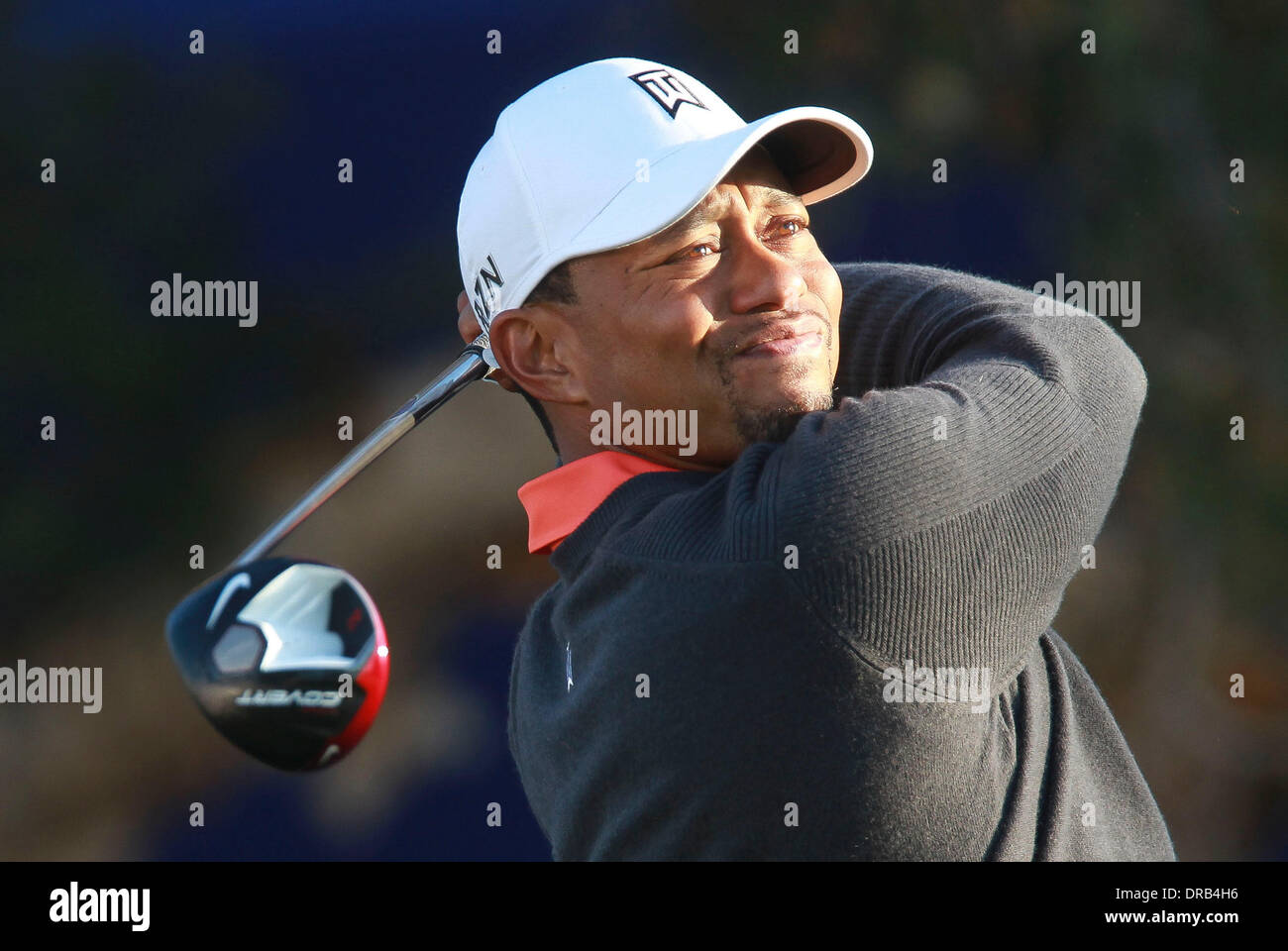 La Jolla, California, USA. 22nd Jan, 2014. TIGER WOODS drives the ball from the South Course 7th tee during the Pro-Am day of the Farmers Insurance Open at Torrey Pines Golf Course. Credit:  U-T San Diego/ZUMAPRESS.com/Alamy Live News - Stock Image