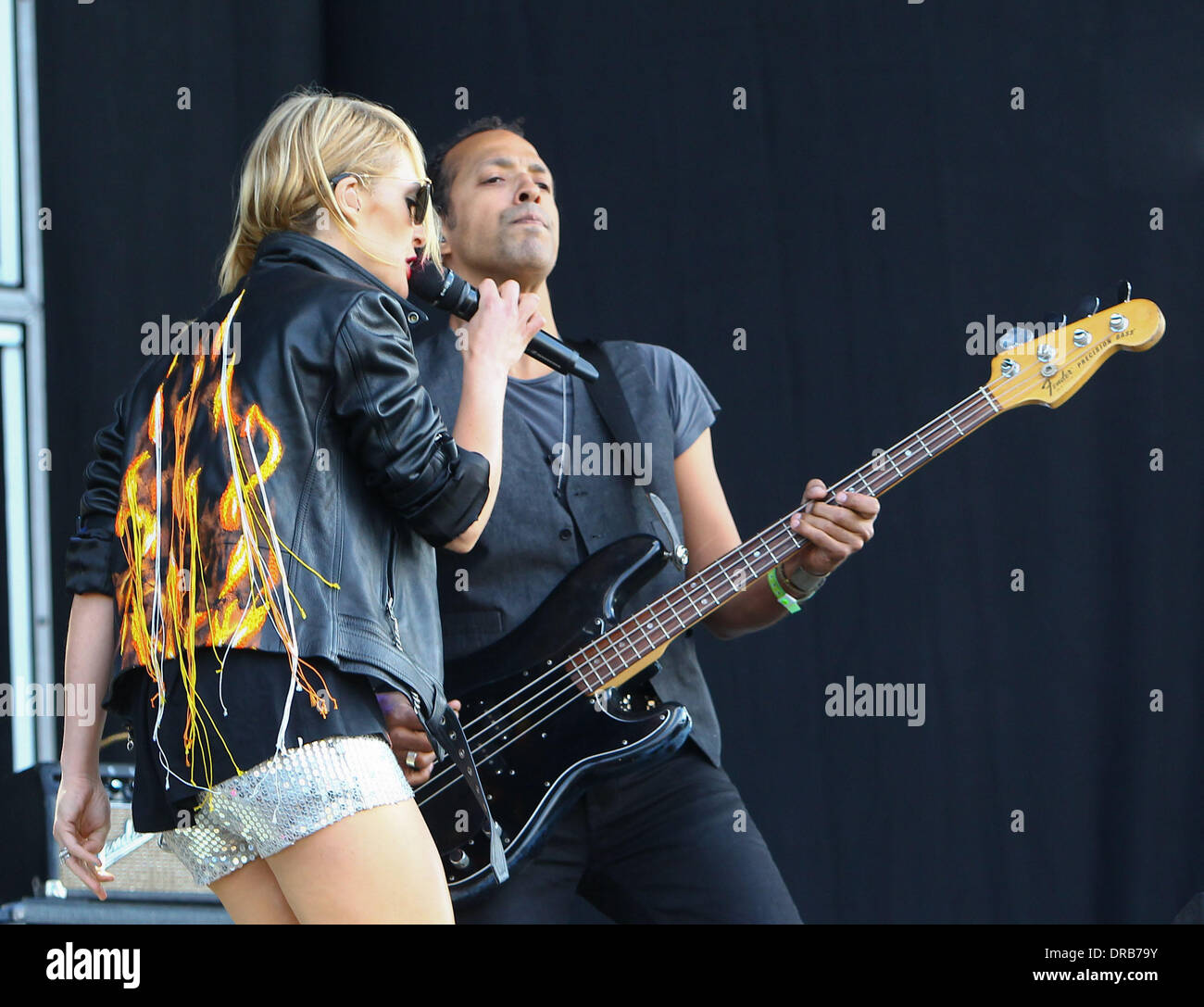Emily Haines and Joshua Winstead of Metric Barclaycard Wireless Festival 2012 - Day 1 London, England - 06.07.12 - Stock Image