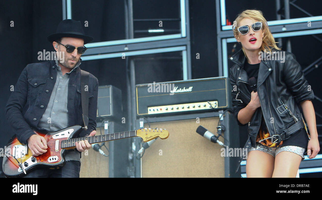 James Shaw and Emily Haines of Metric Barclaycard Wireless Festival 2012 - Day 1 London, England - 06.07.12 - Stock Image