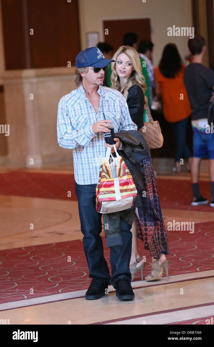 Jillian Grace High Resolution Stock Photography And Images Alamy Последние твиты от jillian grace (@jilliangrace05). https www alamy com david spade and his girlfriend jillian grace go to the movie theater image66015900 html