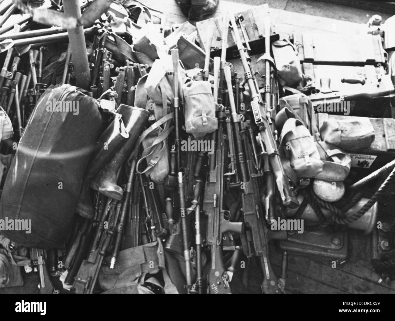 Weapons on evacuation ship WWII - Stock Image