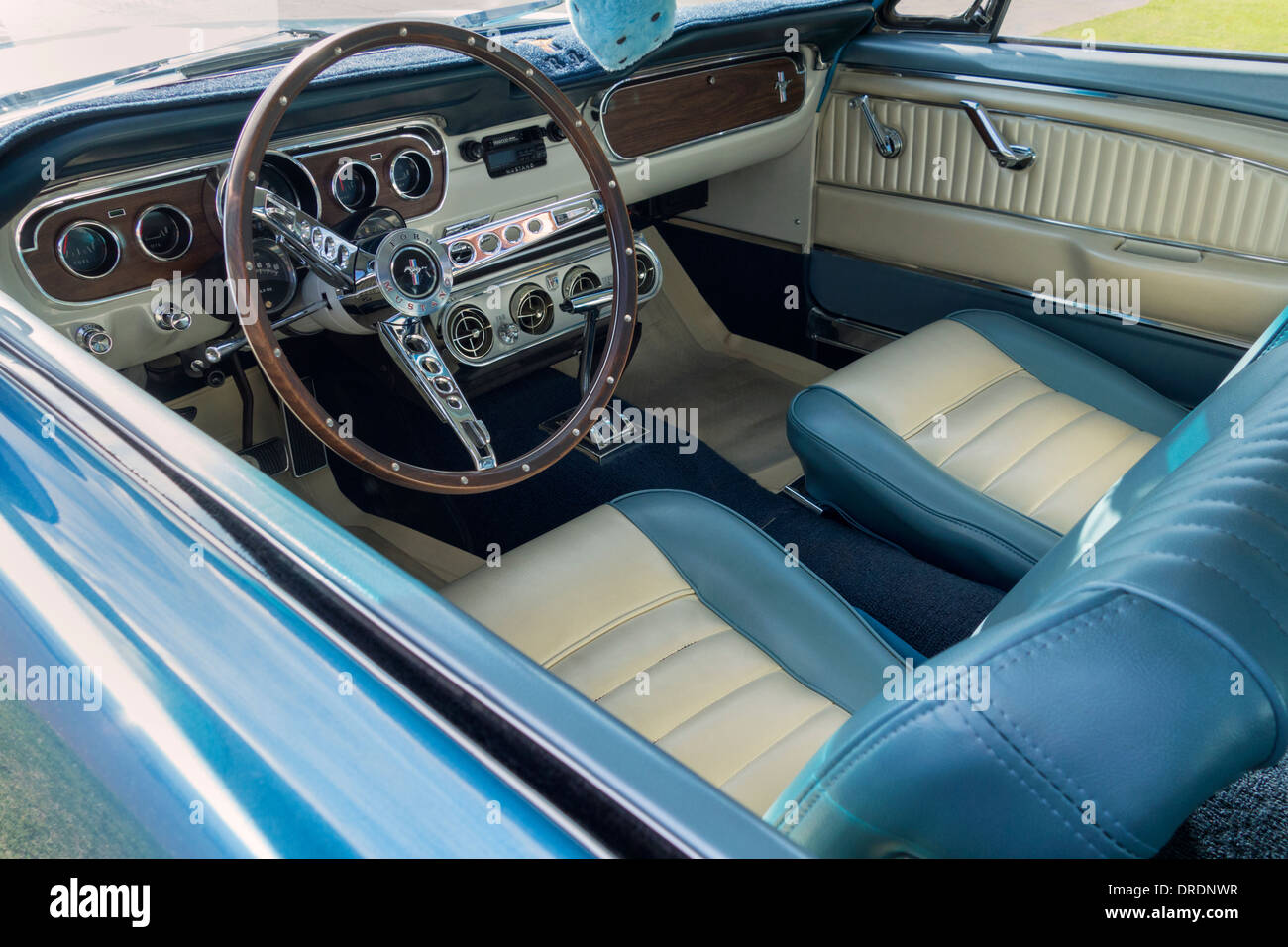 Ford Mustang Stock Photos Images Alamy 1970 Gt Fastback Interior Of A 1965 Image