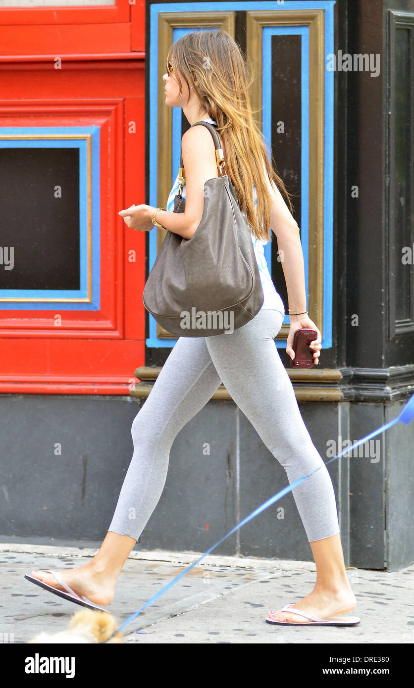 922b04a2e4e Sofía Vergara out and about wearing flip flops on 3rd Avenue New York City