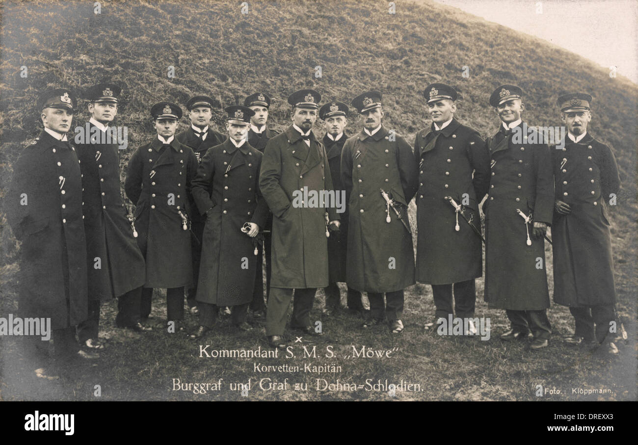The commander and crew of the SMS Mowe - Stock Image