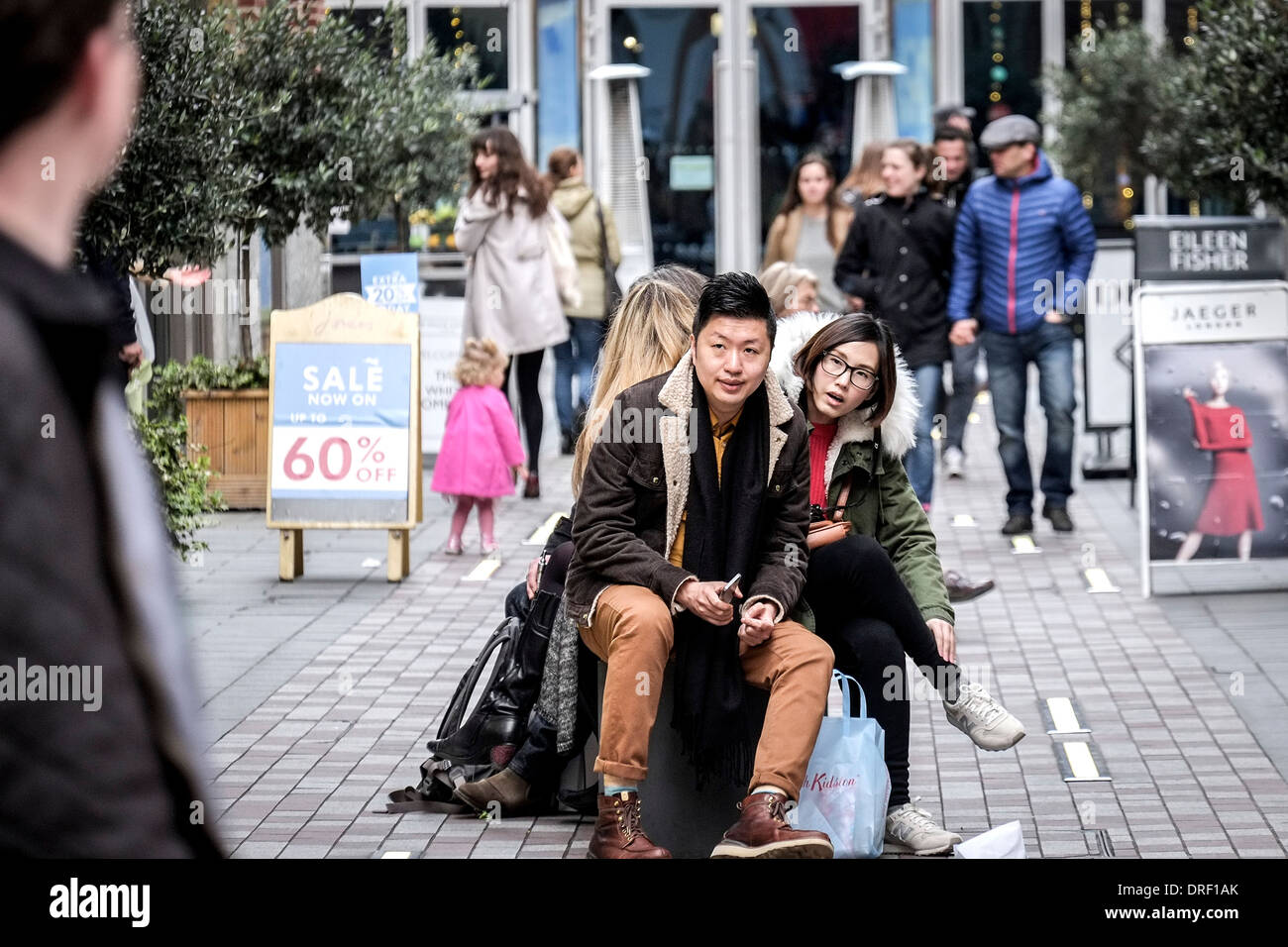 Chinese Shoppers Stock Photos & Chinese Shoppers Stock ...