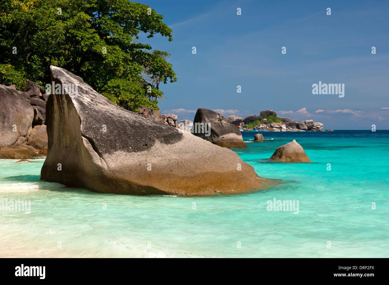 Granite boulders on the coast of the Koh Miang Island, Similan Islands, Mu Ko Similan National Park, Thailand - Stock Image
