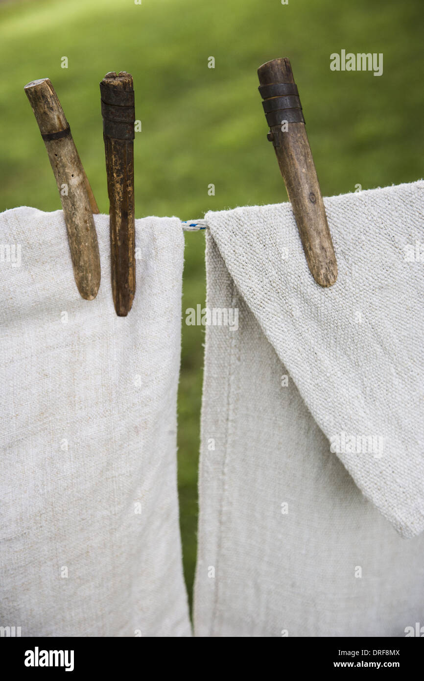 Maryland USA washing line with household linens hung out - Stock Image