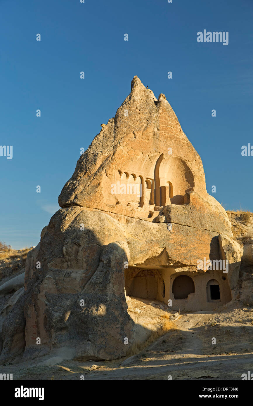 Dwelling in fairy chimney, Swords Valley (Meskendir), near Goreme, Cappadocia, Turkey - Stock Image
