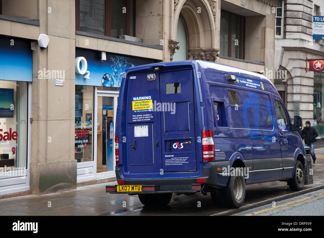 Cross St Manchester _G4S Security 'Cash in Transit' van outside O2 Manchester City Centre, UK. Europe EU - Stock Image