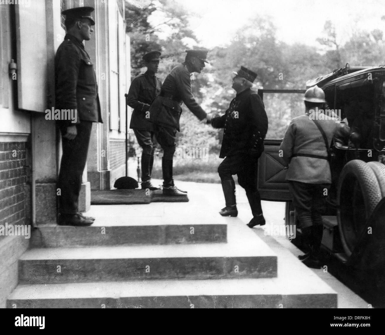 Sir Douglas Haig meeting General Joffre, Montreuil - Stock Image