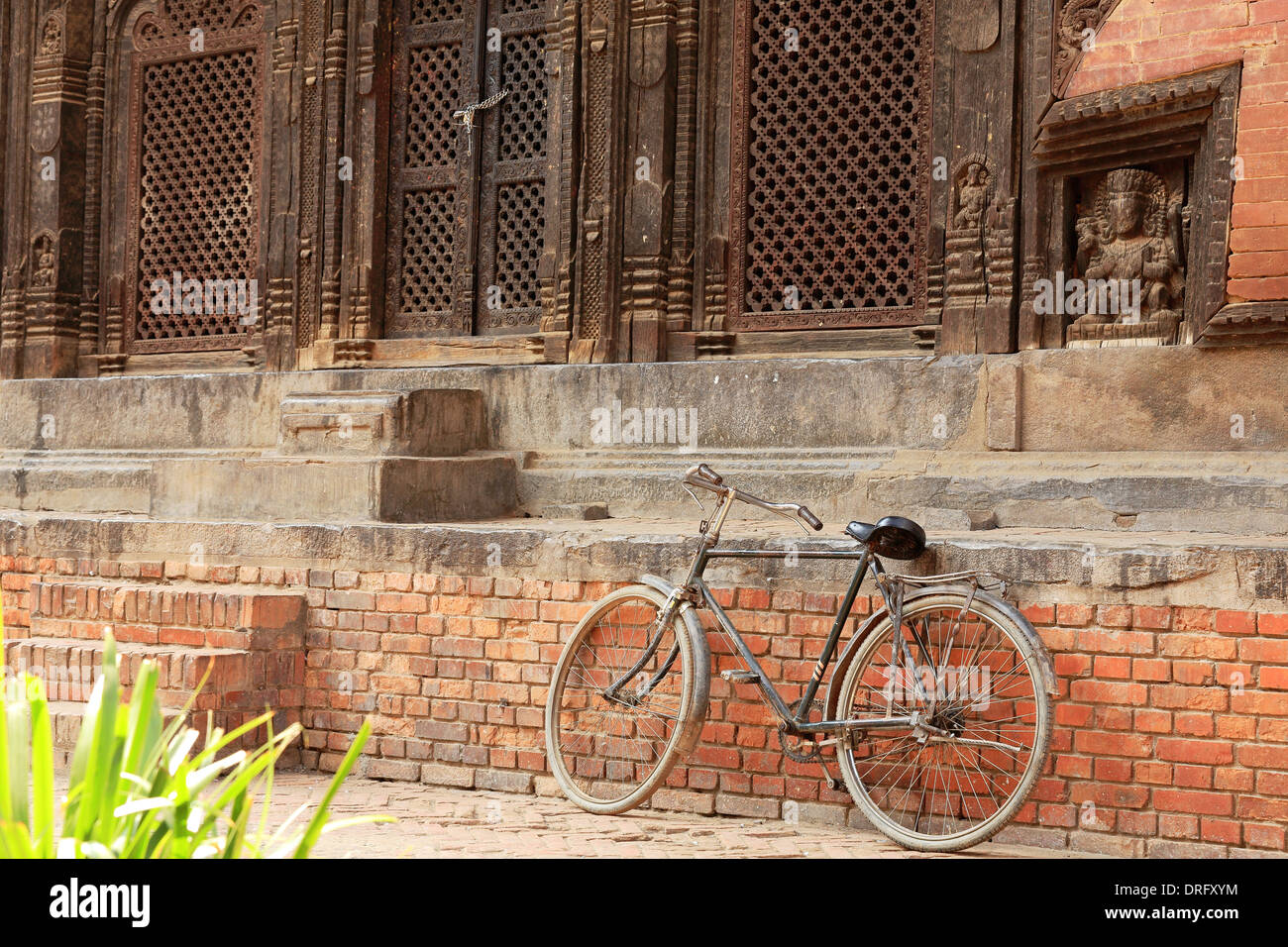 Old bycicle. Pashupatinath temple-Patan-Nepal. - Stock Image