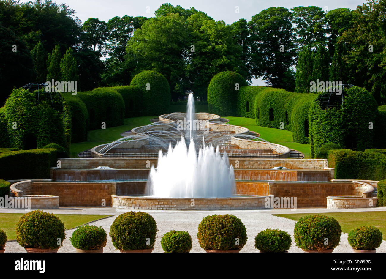 The Grand Cascade in summer sunshine at the Alnwick Garden in Alnwick, Northumberland - Stock Image
