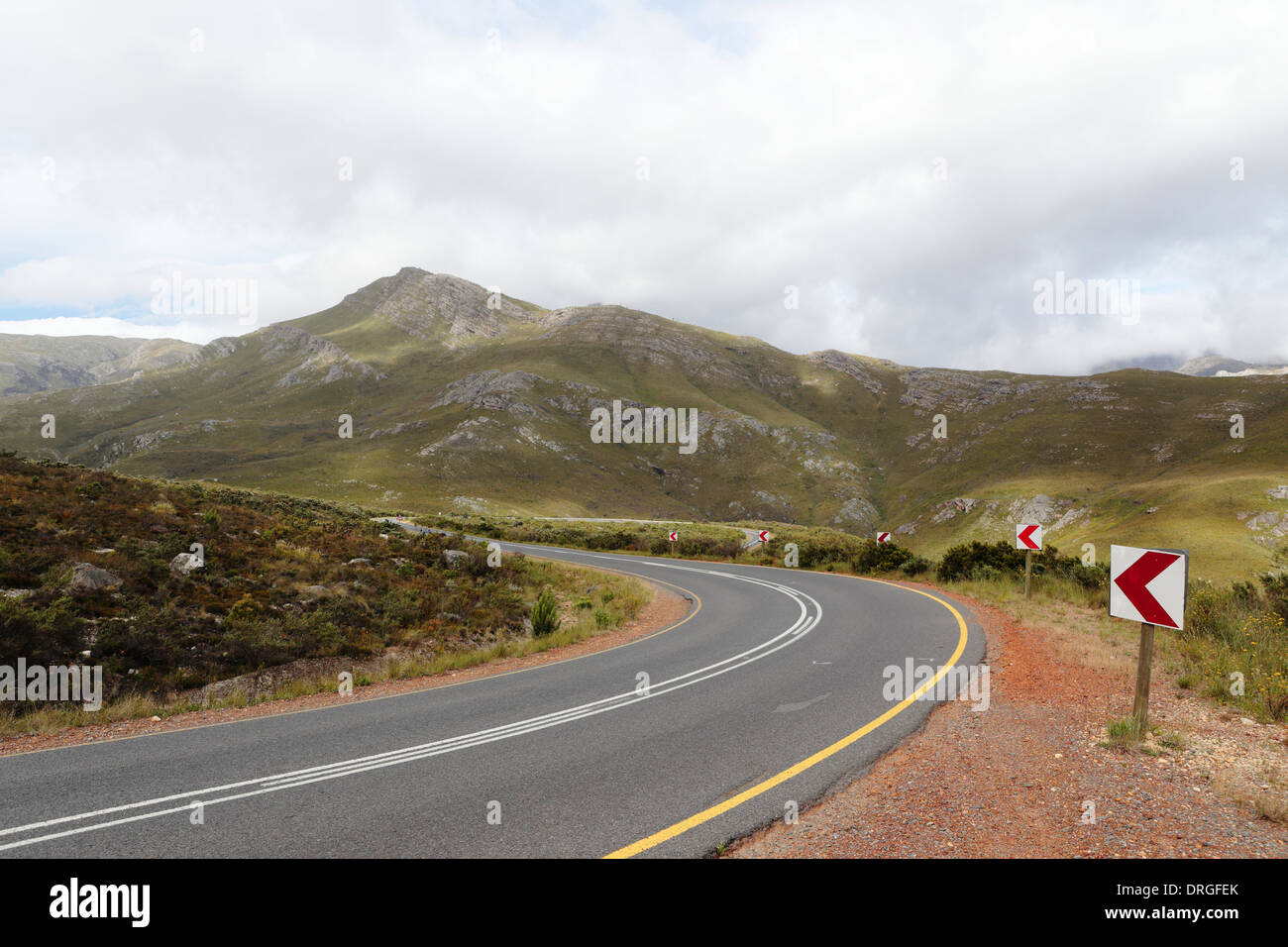 Winding mountain pass on the R45 highway between Franschoek and Villiersdorp - Stock Image