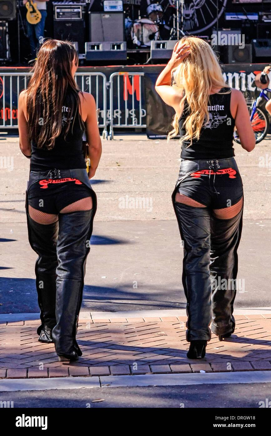Promo Girls Stock Photos Amp Promo Girls Stock Images Alamy