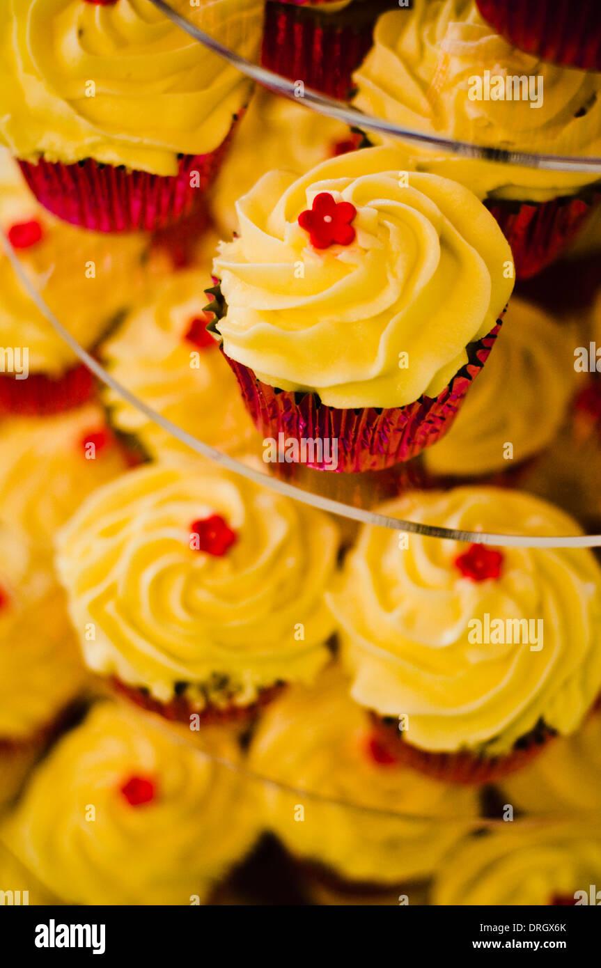 Alternative Wedding Cake Stock Photos & Alternative Wedding Cake ...