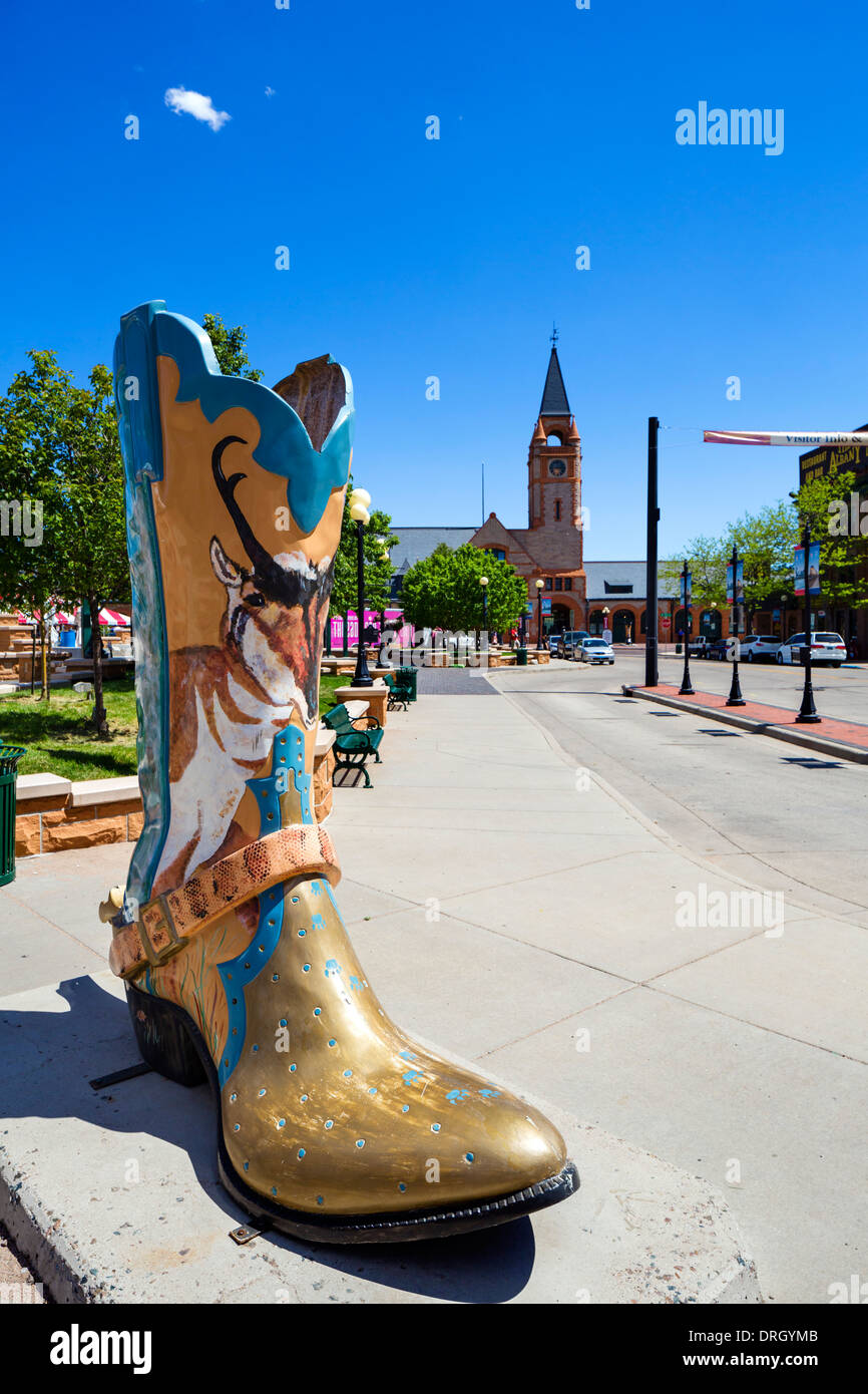 Giant cowboy boot in Cheyenne Depot Plaza in historic, downtown Cheyenne, Wyoming, USA - Stock Image