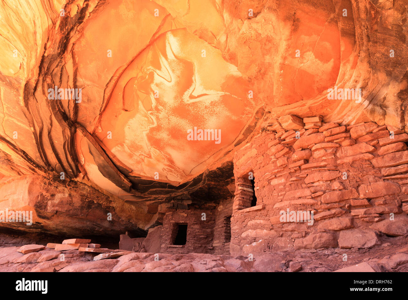 Fallen Roof Ruin in Cedar Mesa Utah is an Anasazi cliff dwelling dating from about 1100 AD Stock Photo