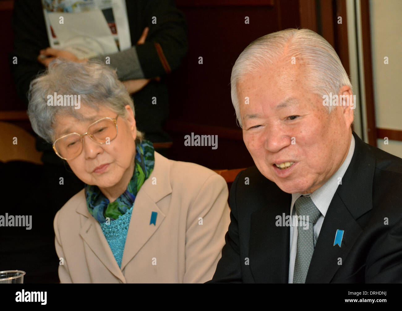 Tokyo, Japan. 27th Jan, 2014. Shigeru, right, and Sakie Yokota, parents of Japanese abductee Megumi Yokota, meet Japanese media at Tokyo Foreign Correspondents Club of Japan on Monday, January 27, 2014. The Yokotas were on hand for a news conference during which a North Korean defector spoke about his life at a North Korean concentration camp, from which he managed to escape in 2005. Ms Yokota was abducted by a North Korean agent in 1977 when she was 13 years old. © Natsuki Sakai/AFLO/Alamy Live News - Stock Image
