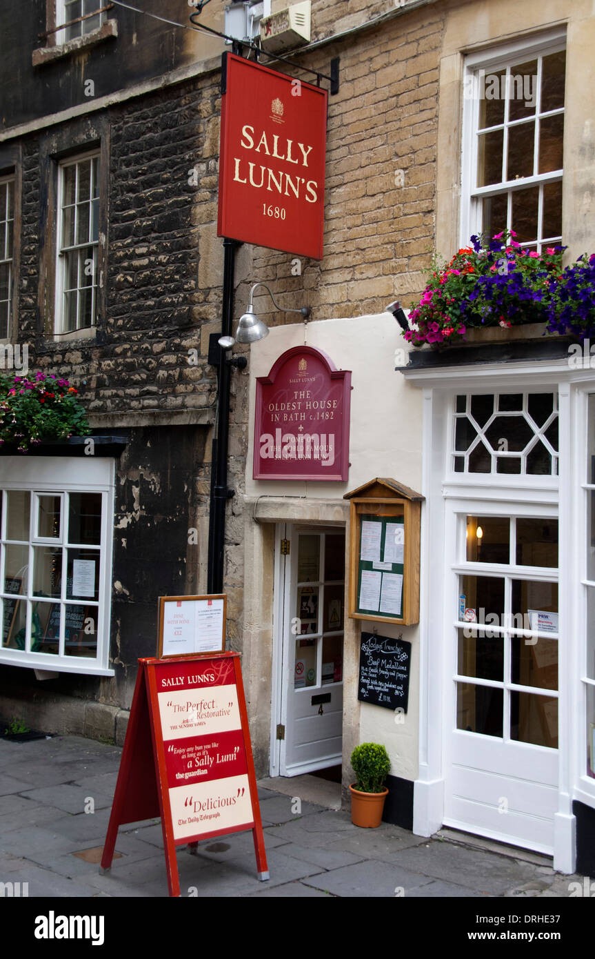 The entrance to Sally Lunns buns tearooms in Bath city, Somerset Stock Photo