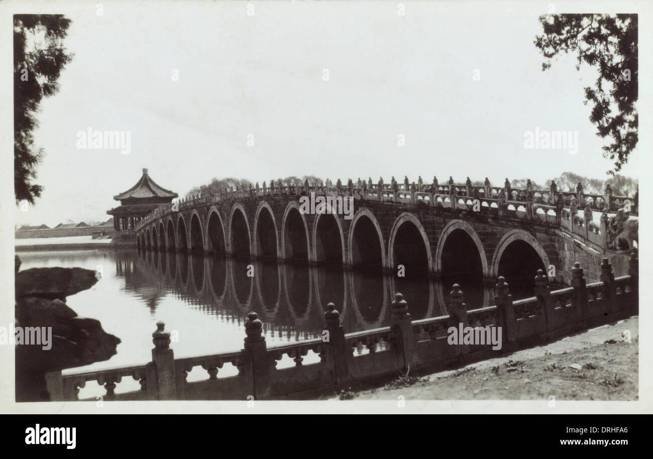 The Summer Palace, Beijing - Seventeen Arch Bridge - Stock Image