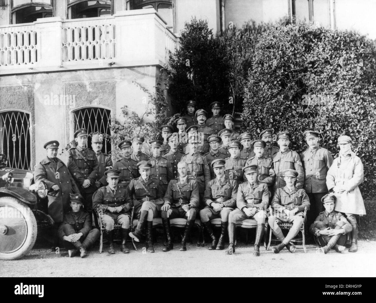 Group photo of British Army officers and soldiers, WW1 - Stock Image