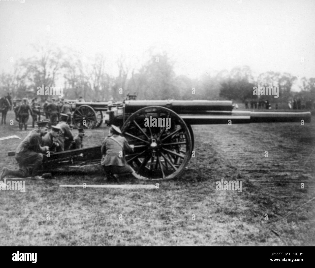 Soldiers with field gun, WW1 - Stock Image