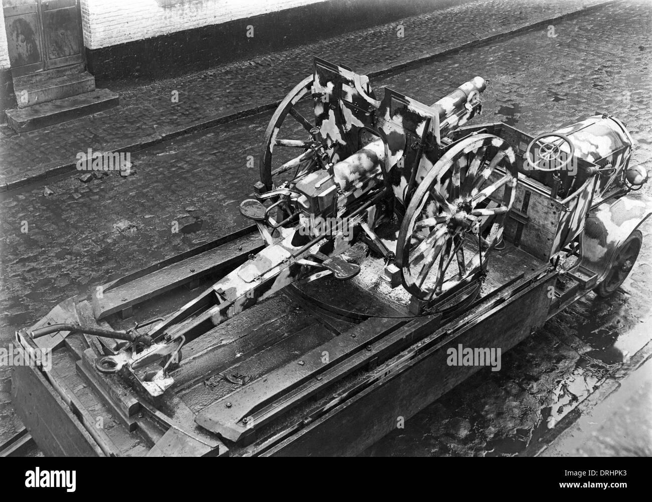 German field gun on a lorry, France, WW1 - Stock Image