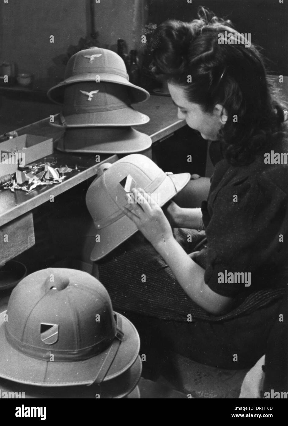 38944d3c8d961 Making pith helmets for the German Afrika Korps - WWII - Stock Image
