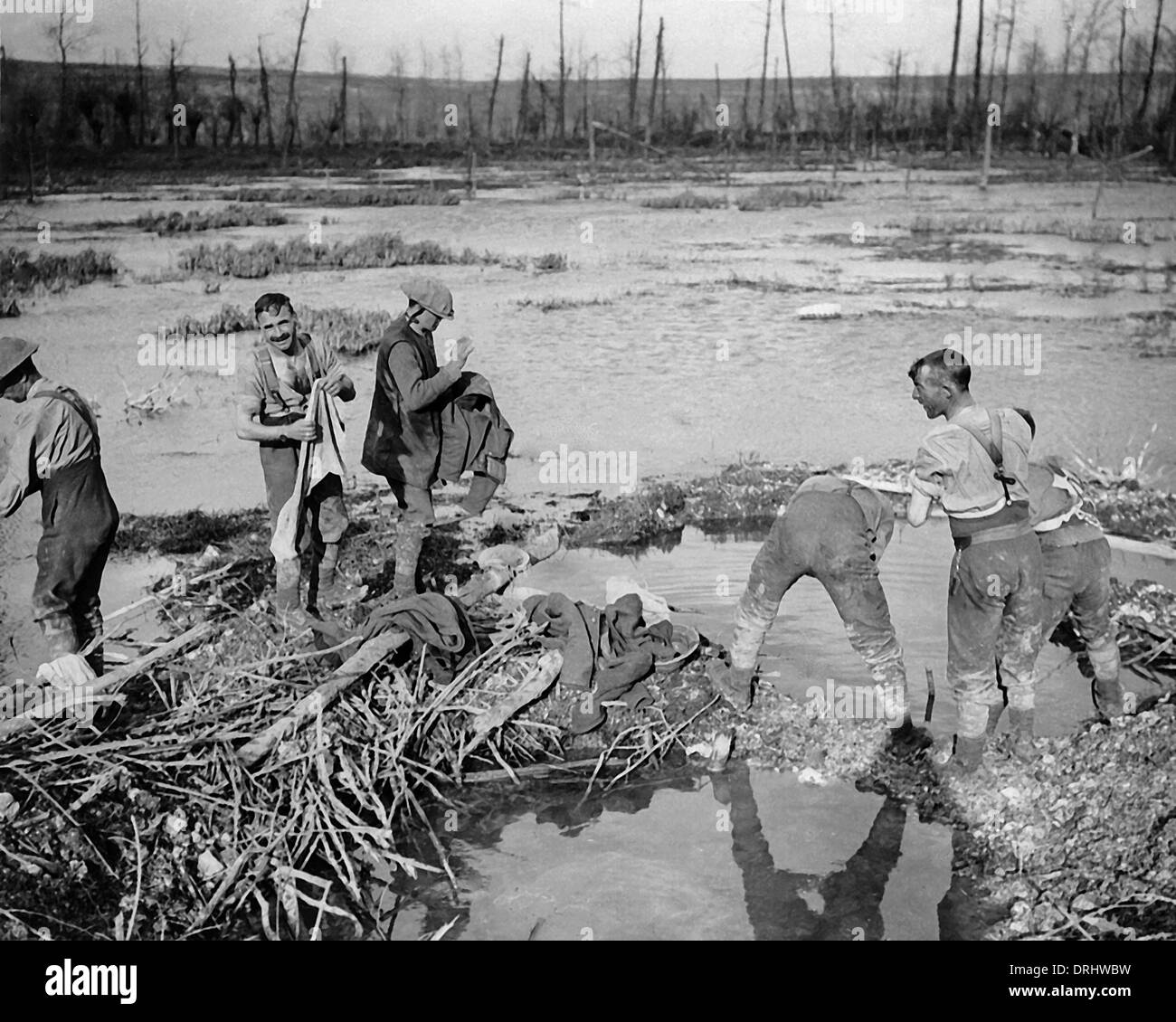 British soldiers washing in swamp, Somme, WW1 - Stock Image