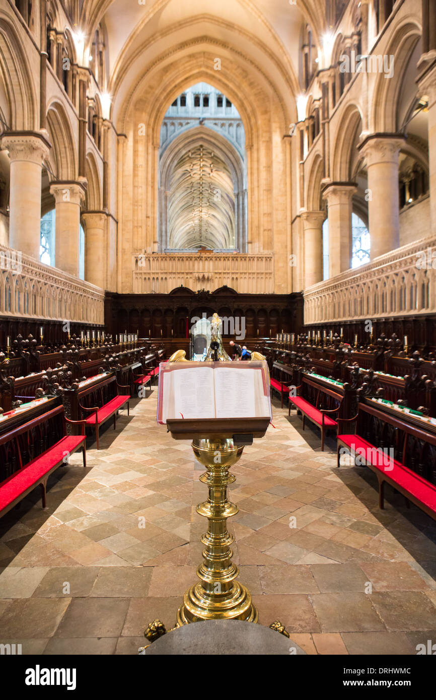 Bible on a gold eagle lectern in the quire of Canterbury cathedral, Kent - Stock Image