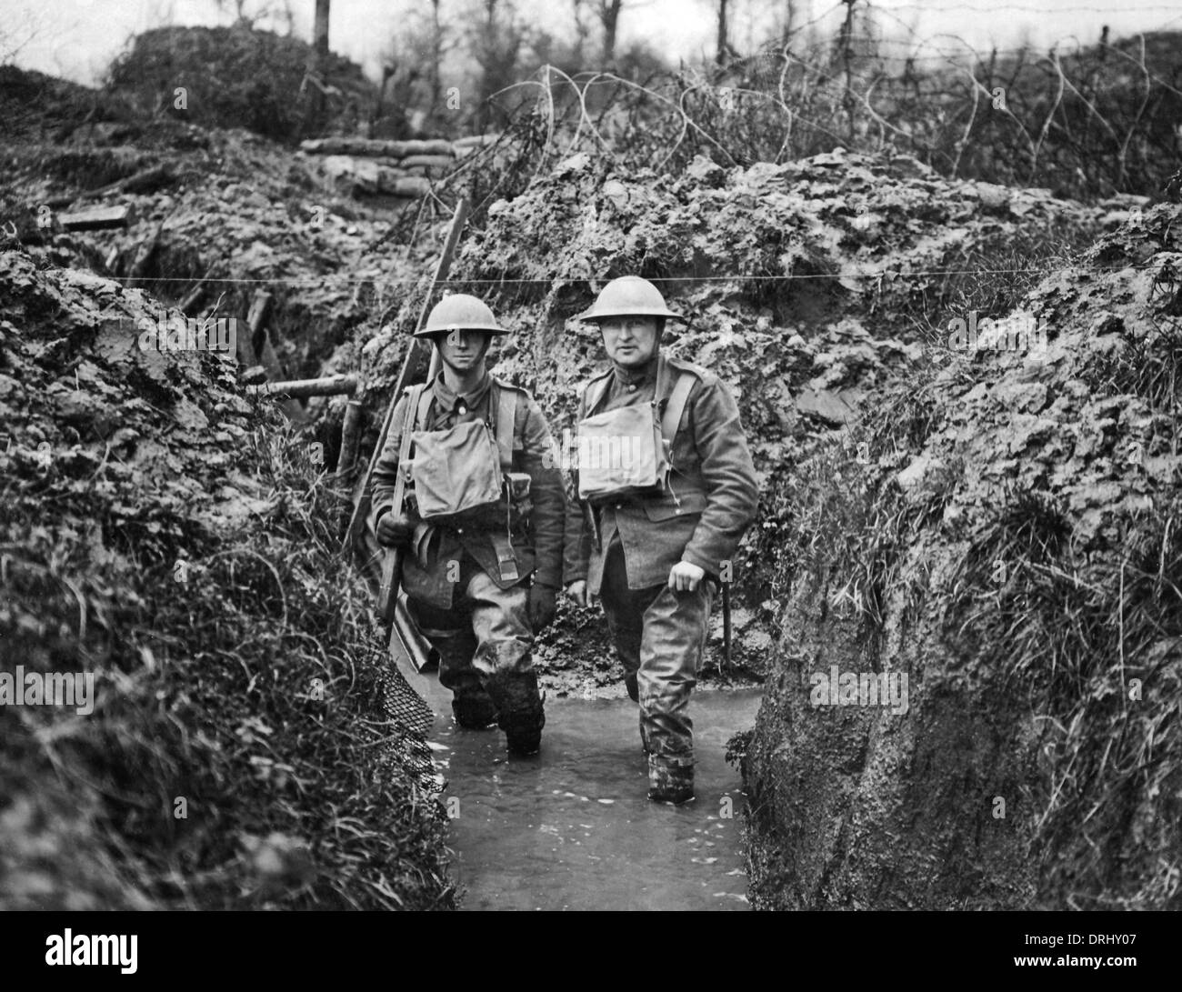 Two soldiers in flooded trench, Western Front, WW1 - Stock Image