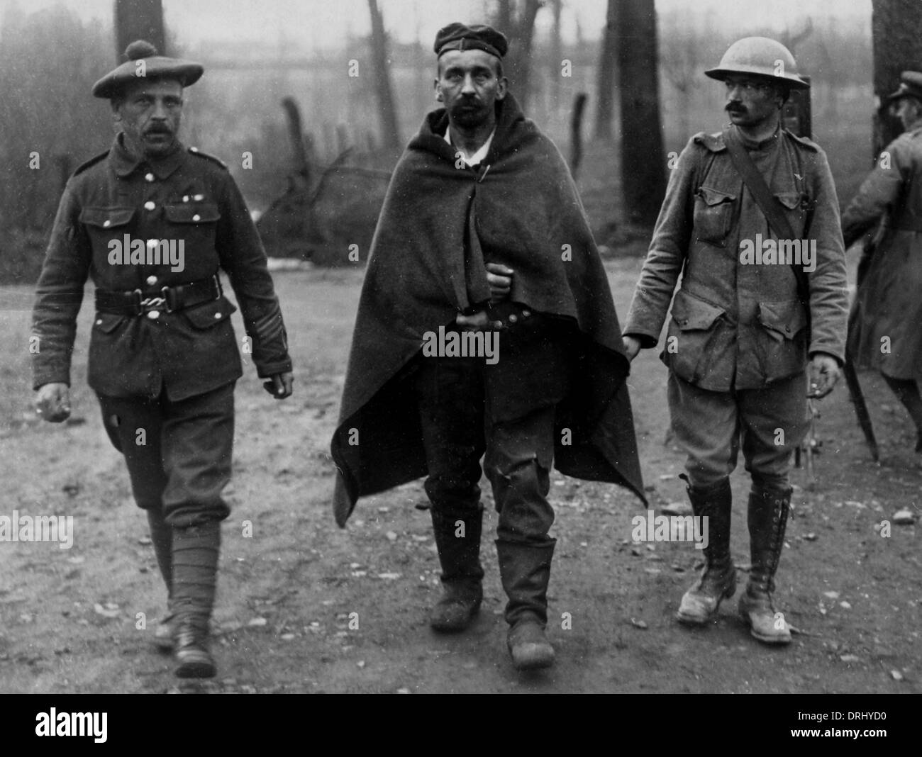 Wounded German prisoner, Western Front, WW1 Stock Photo: 66162908