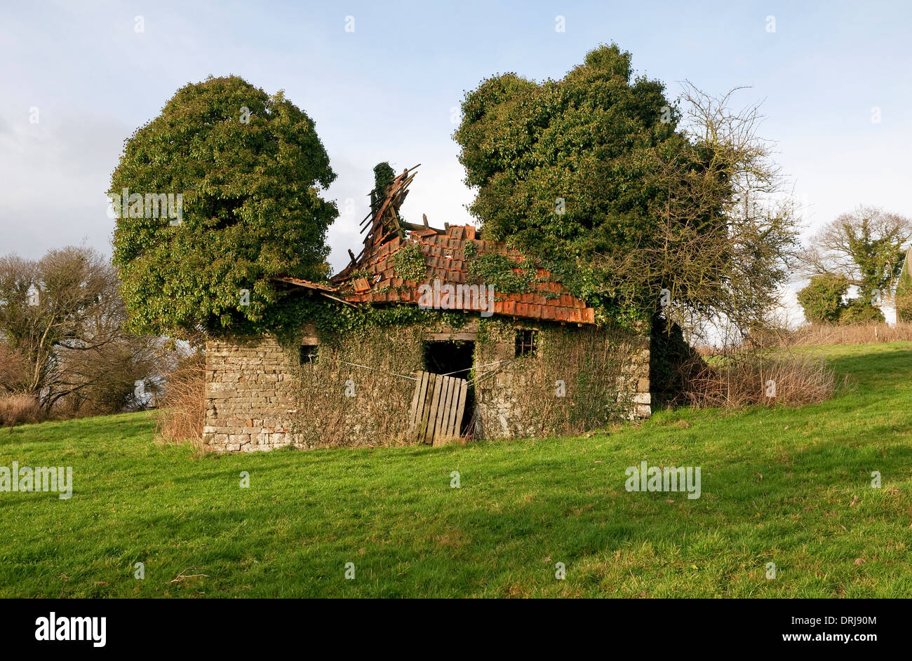 Normandy Farm House High Resolution Stock Photography And Images Alamy