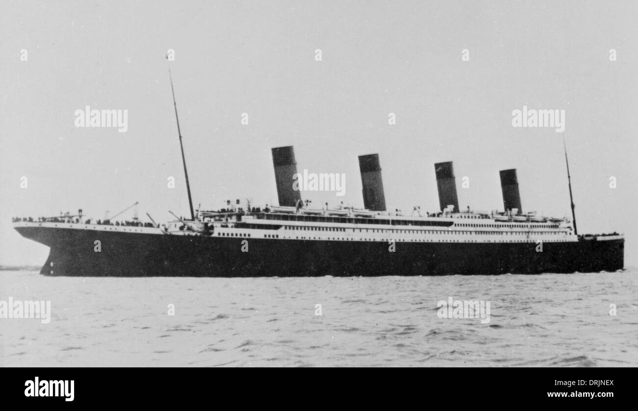 RMS Titanic at sea - Stock Image