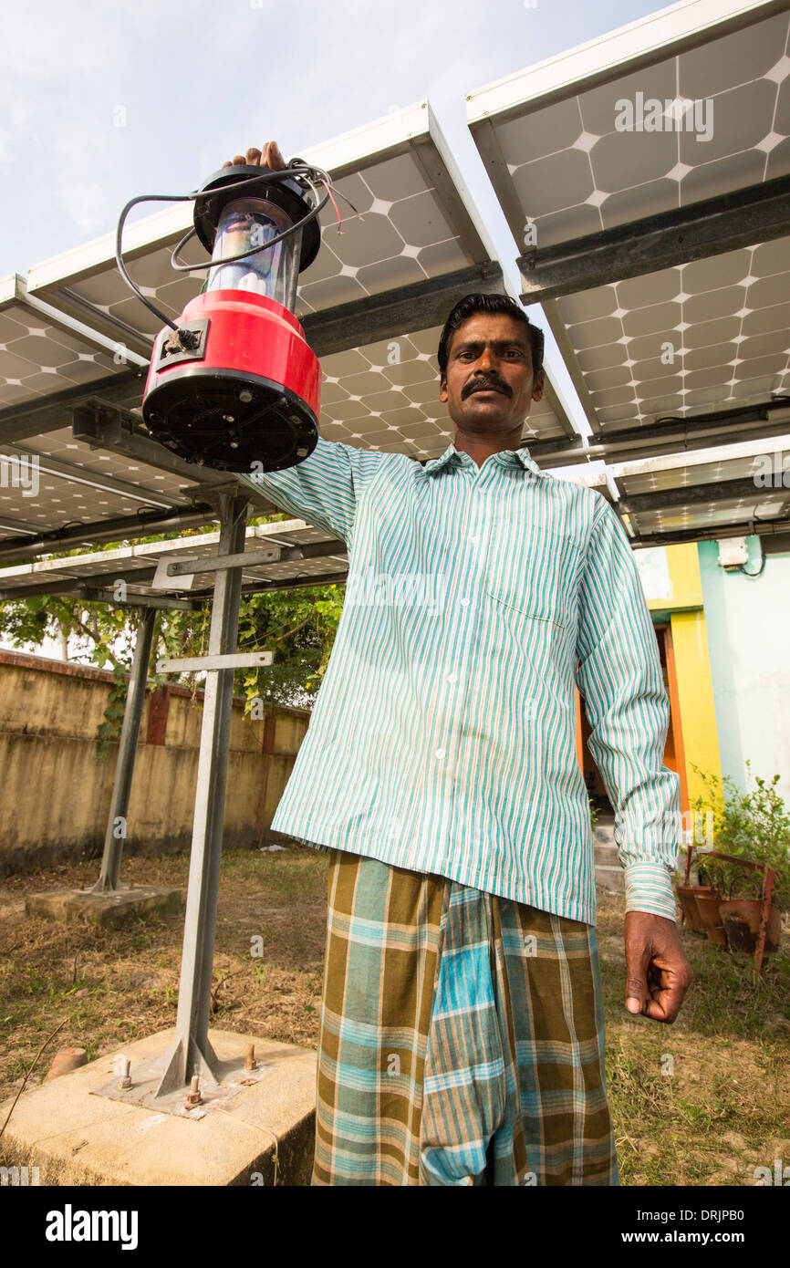 A WWF project to supply electricity to a remote island in the Sunderbans, a low lying area of the Ganges Delta in Eastern India - Stock Image