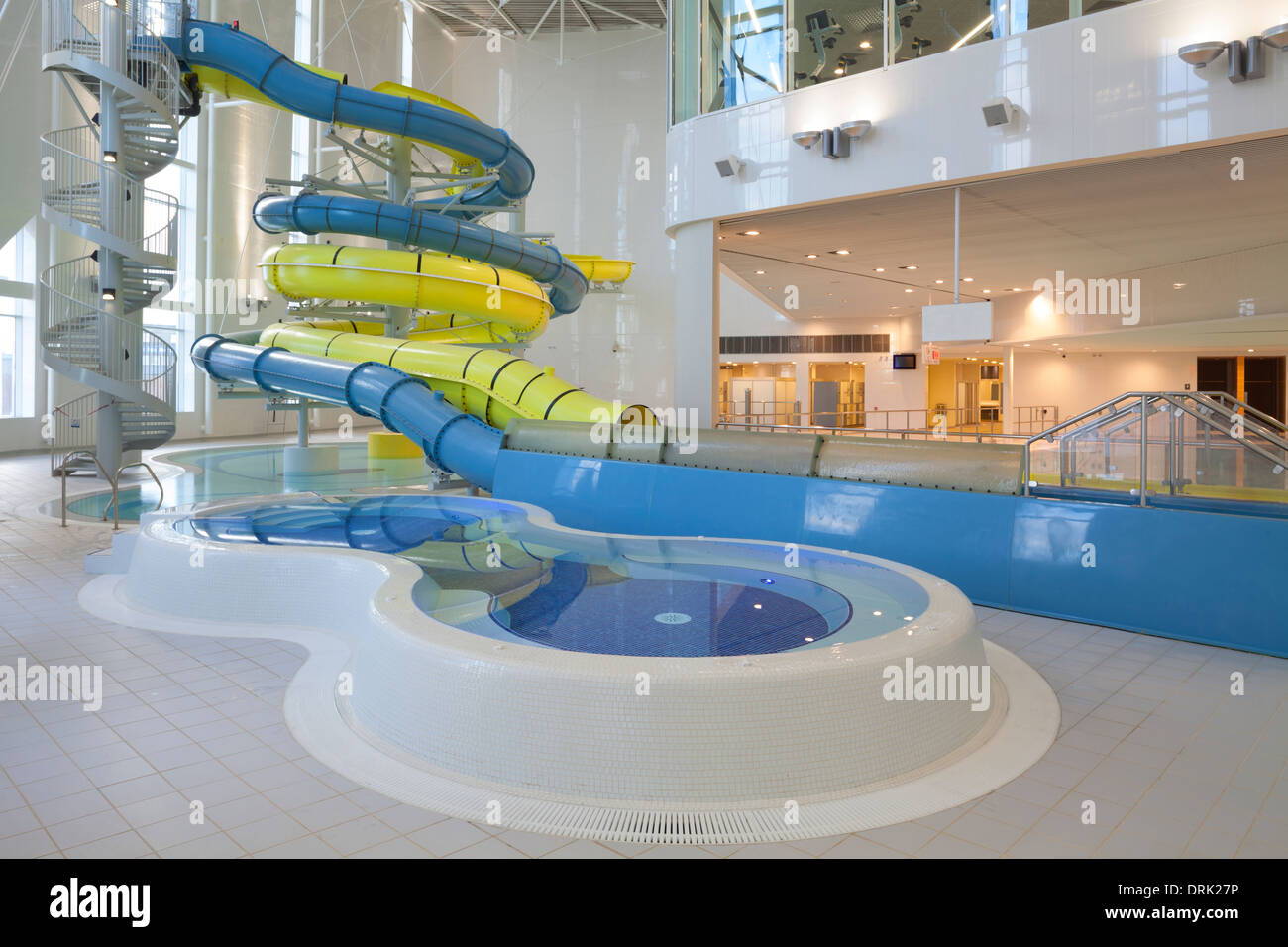 Swimming pool at New Haven Leisure Centre, South Shields Stock Photo ...