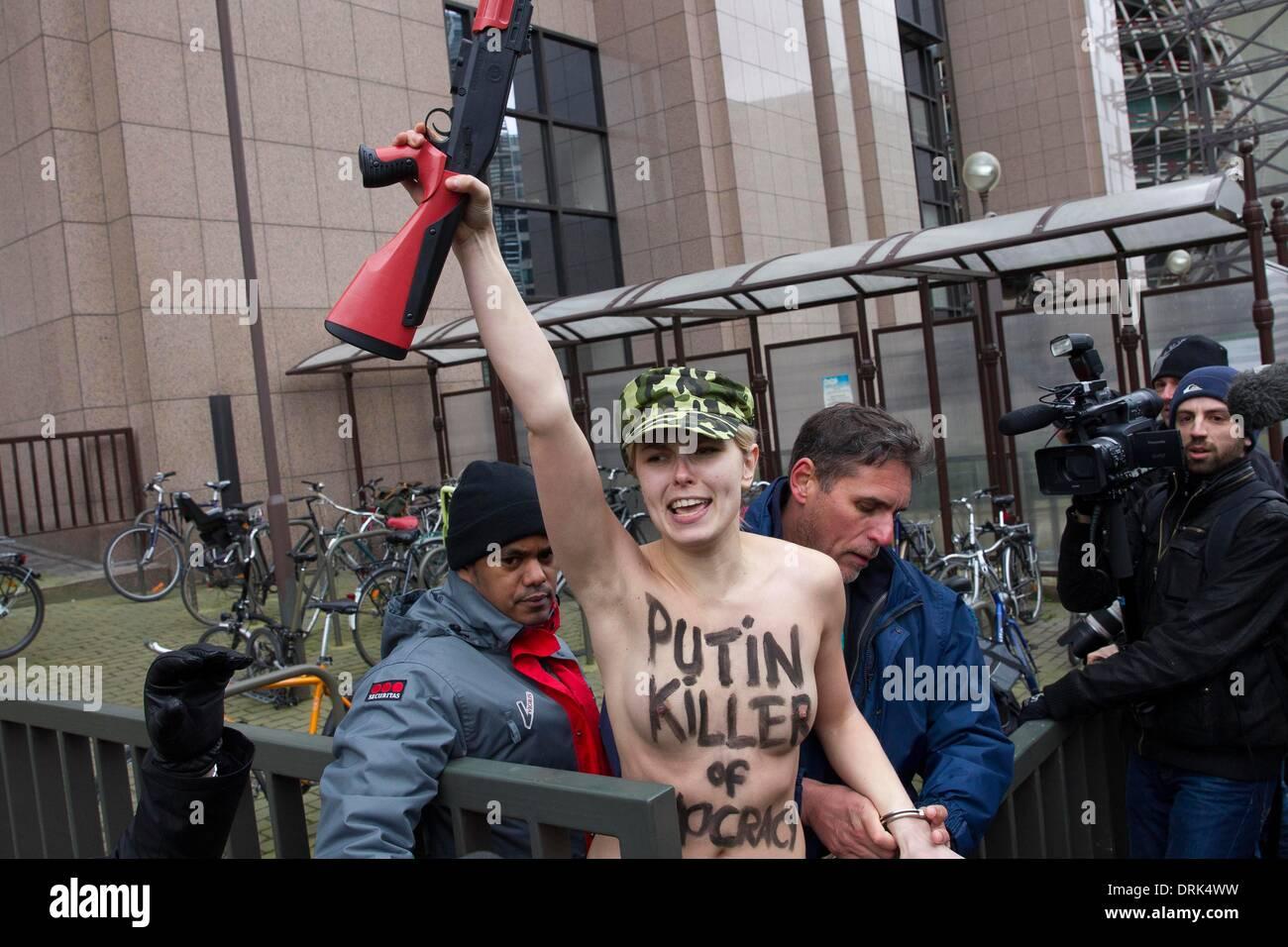 Ukrainian protest group Femen women putin europe woman girl girls - Stock Image