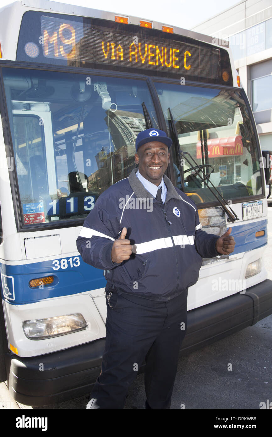 Driving Jobs Nyc >> Portrait Of A New York City Mta Bus Driver In Front Of His Bus Stock