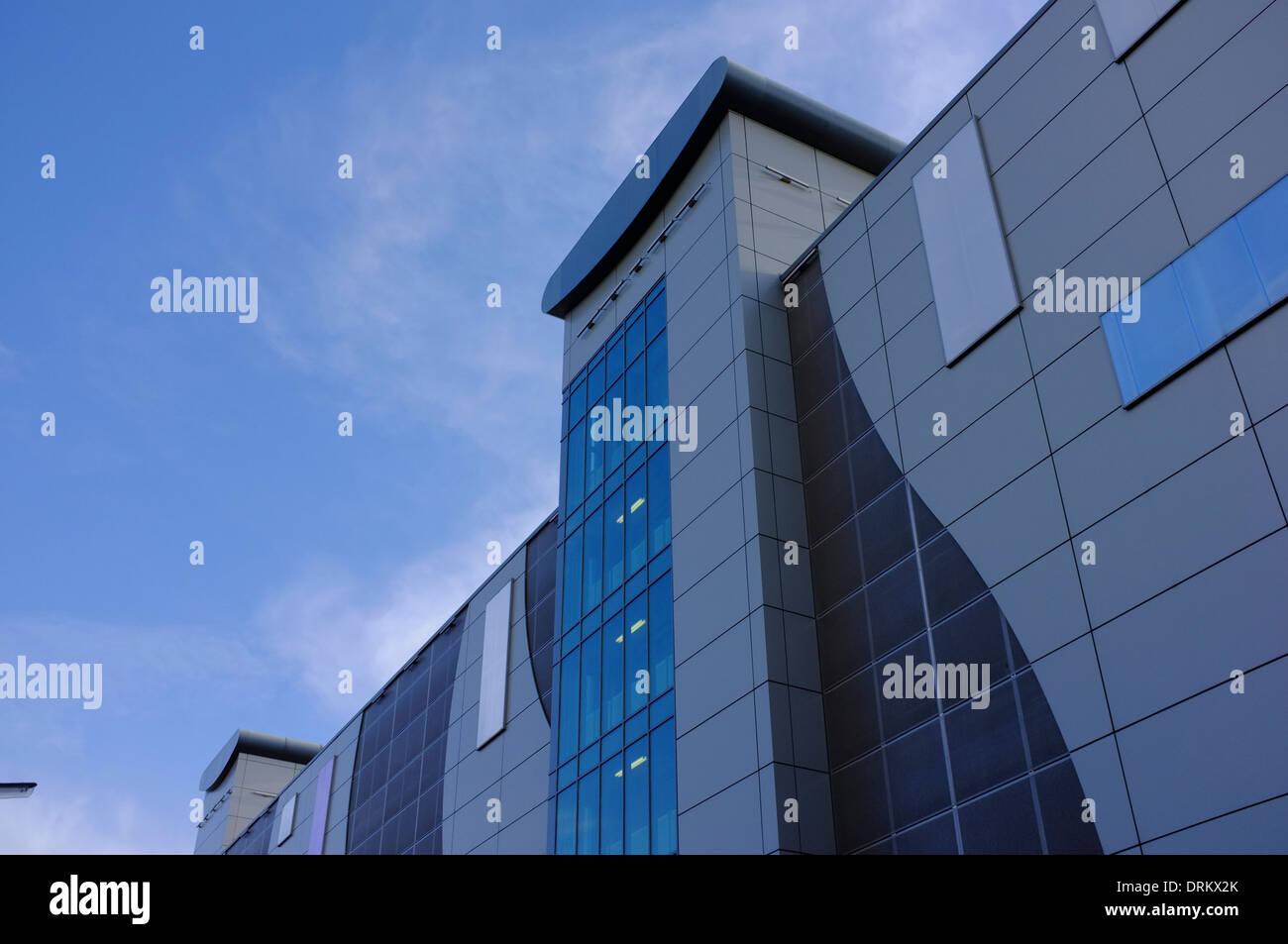 Luton Railway Station Multistory Car park - Stock Image