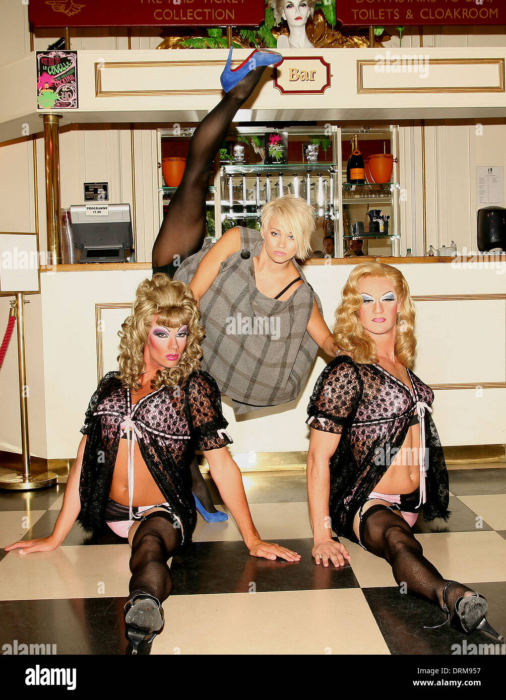 Pussycat Dolls' Kimberly Wyatt (centre) with Cage aux Folles Stock Photo