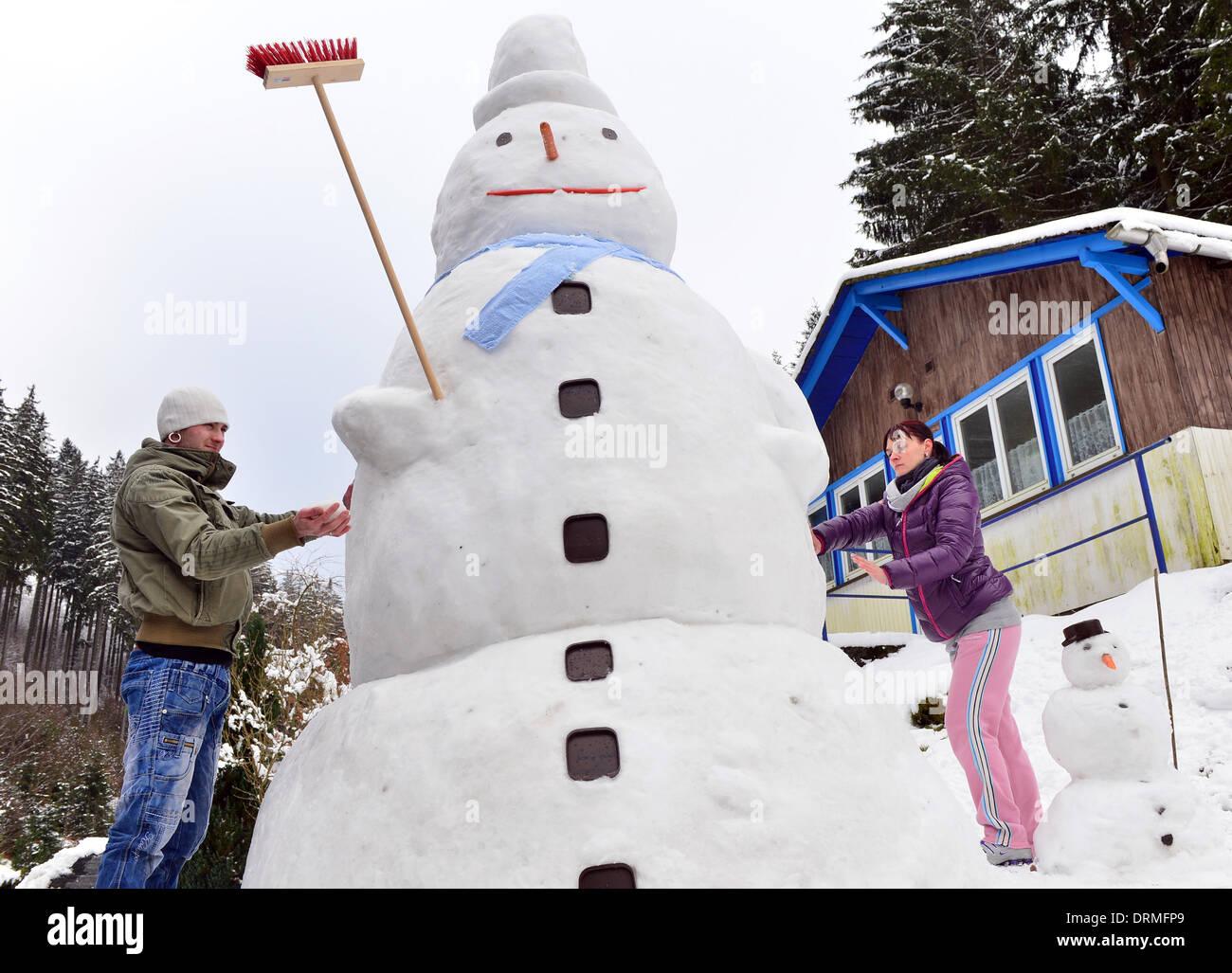 How to make a snow figure 69