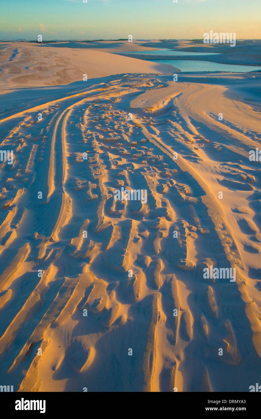 Dune patterns and rainwater lakes Lencois Maranhenses National Park Brazil Atlantic Ocean Rainwater ponds trapped in white dunes - Stock Image