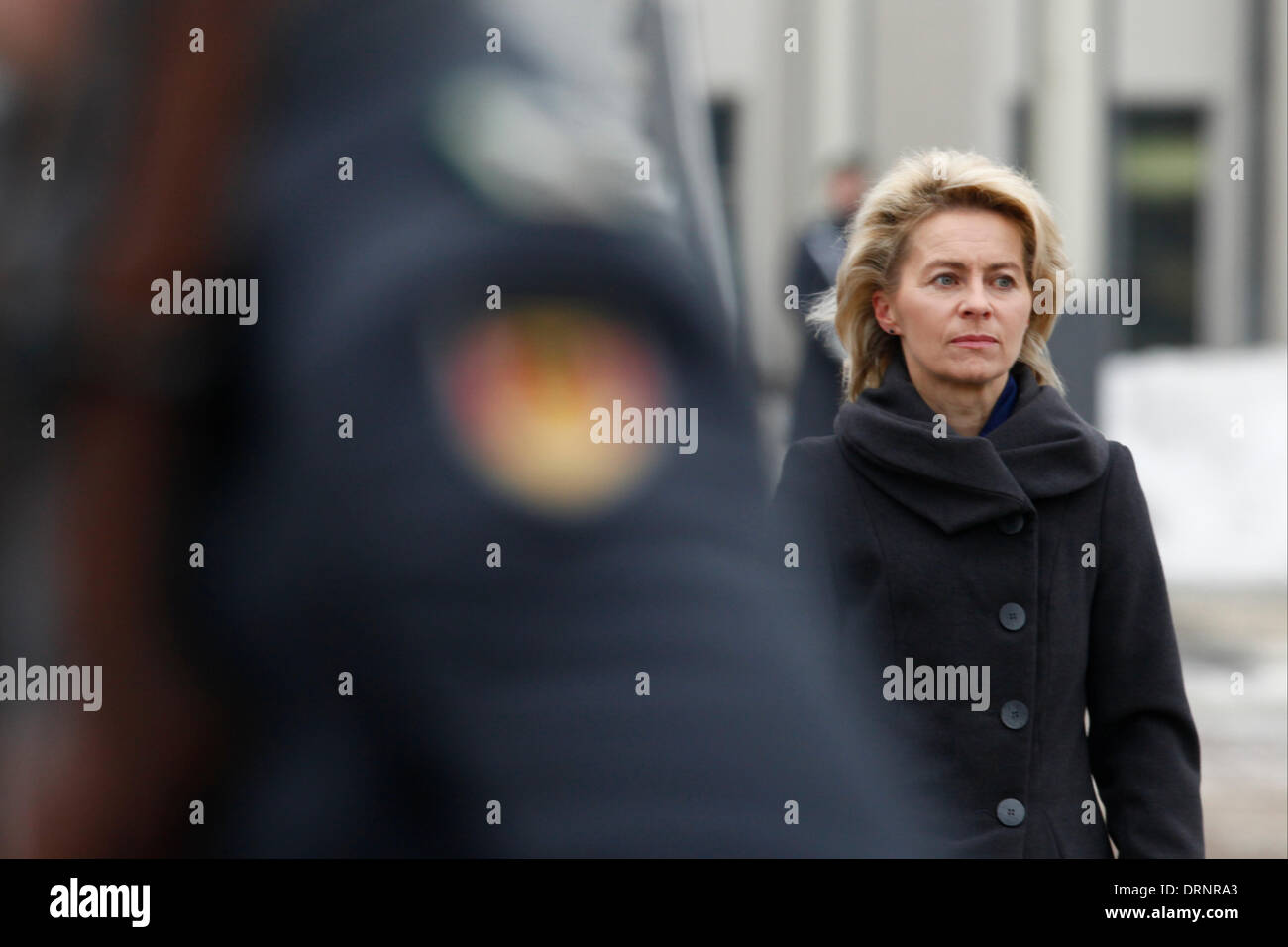 Berlin, Germany. January 30th, 2014. Ursula von der Leyen (CDU), Minister of Defence,  receives the Israeli Secretary of Defense, Mosche 'Bogie' Jaalon, with with military honors and give a joint press Statements. / Pictures: Ursula von der Leyen (CDU), Minister of Defence. Credit:  Reynaldo Chaib Paganelli/Alamy Live News - Stock Image