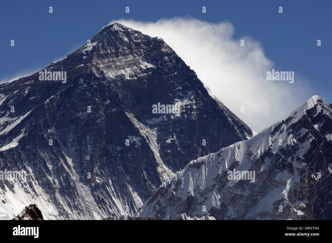 The mighty South West face of Mount Everest as seen from Gokyo Ri, Nepal himalaya - Stock Image