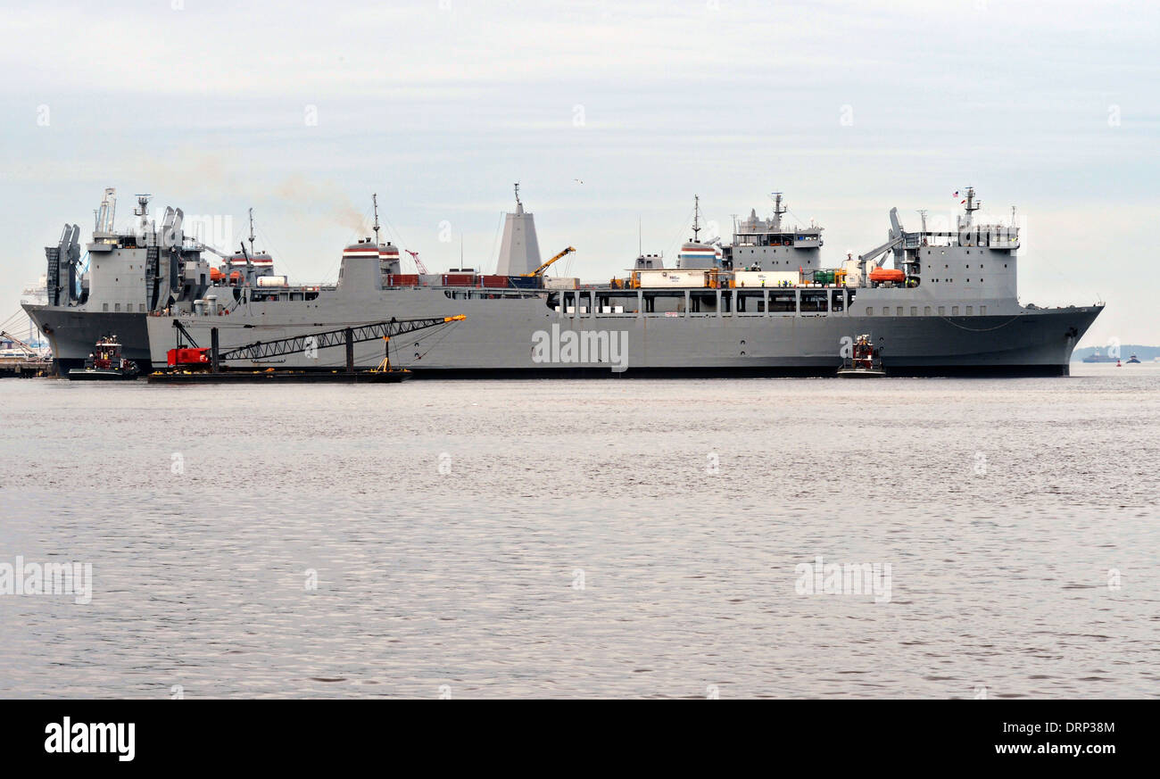 US Navy Ready Reserve Force vehicle transport ship Cape Ray departs Norfolk Naval Shipyard on the way to Italy to - Stock Image
