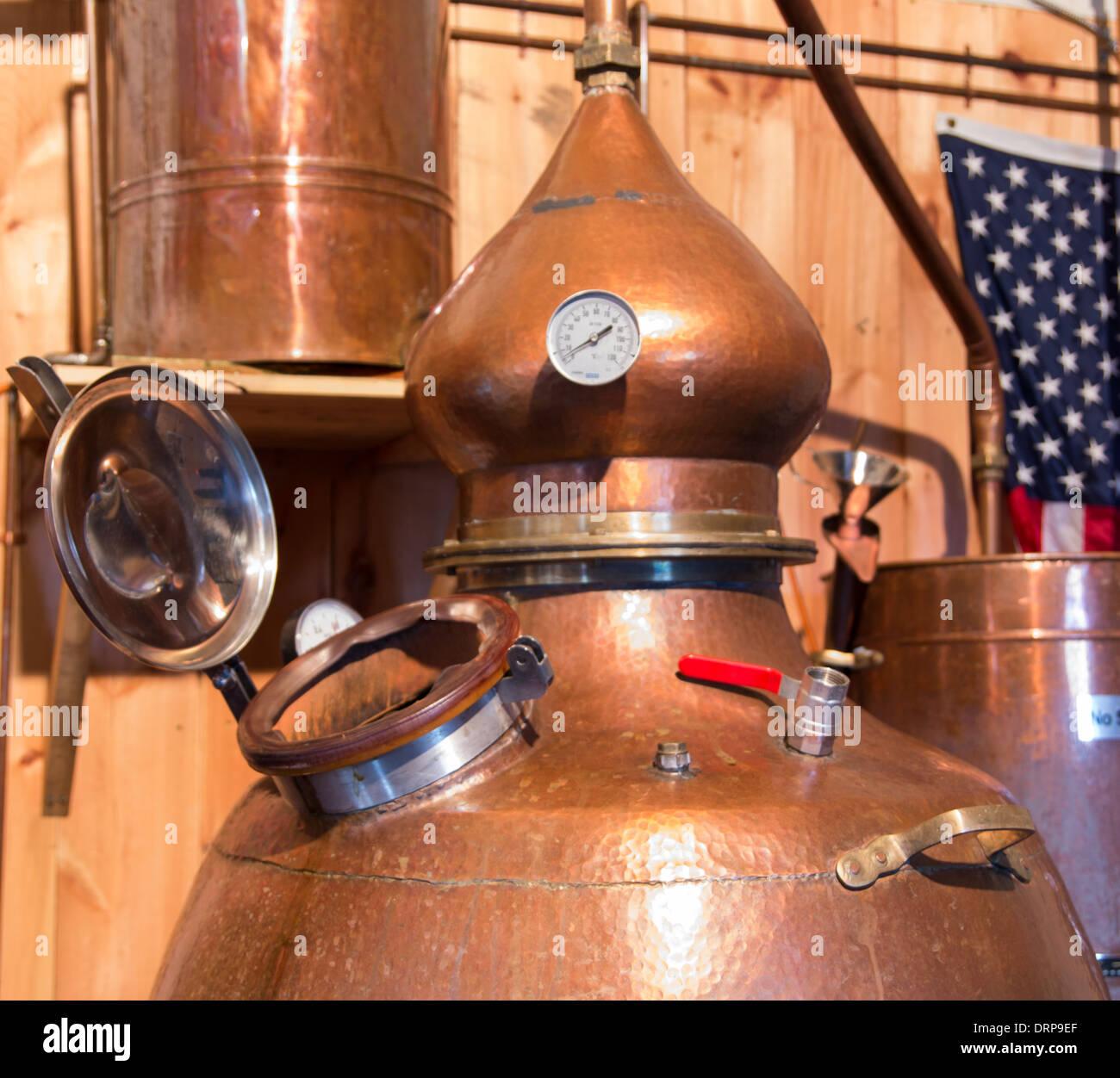 Alcohol micro distillery - Stock Image