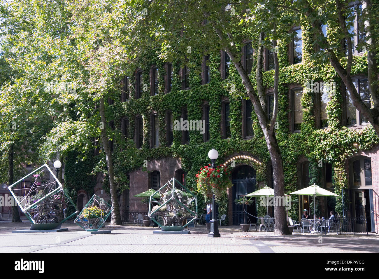 Occidental Square Seattle High Resolution Stock Photography And Images Alamy