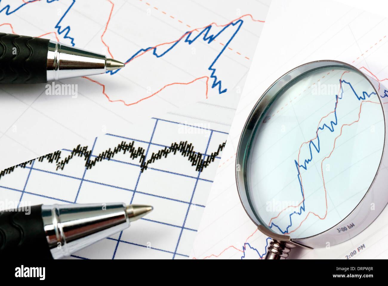 Analyzing bussiness grapgic - Stock Image